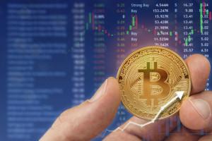 «Киты» резко улучшили техническую картину биткоина, вложив $1,6 млрд за несколько минут