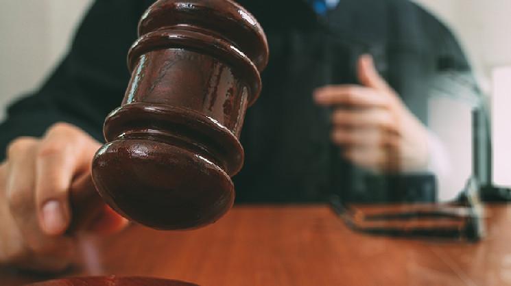 Гражданин США обвиняется в отмывании 1 млн в BTC для рынка даркнета AlphaBay
